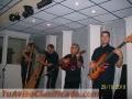 Arpa cuatro y maracas musica llanera para fiestas celebraciones